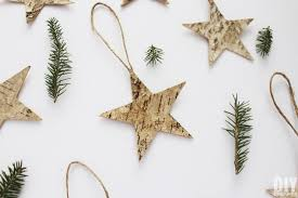 Easy To Make Christmas Decorations At Home Quick And Easy Christmas Decorations To Make Birch Decorations