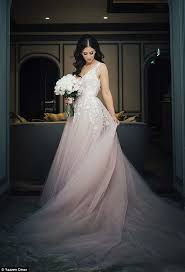 pink wedding dress wears pink wedding dress bridesmaids wear white daily
