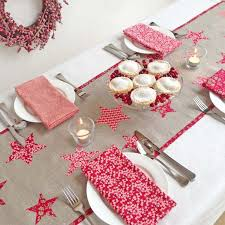 Christmas Table Runner Decoration by 524 Best Table Runners Place Mats Mug Rugs Images On Pinterest