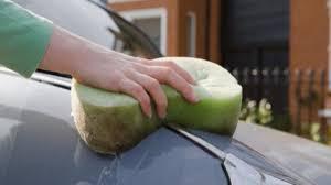 comment enlever des taches sur des sieges de voiture comment enlever les tâches de résines sur sa voiture auto moto