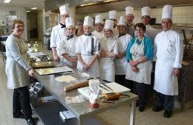 cours de cuisine bourges elles ont suivi un cours de cuisine avec les élèves bourges 18000