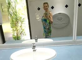 Period Bathroom Mirrors by Photos In Bathroom Mirrors On Dating Sites Are Ugly Em