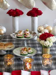 a red white christmas table setting as you wish events peppermint