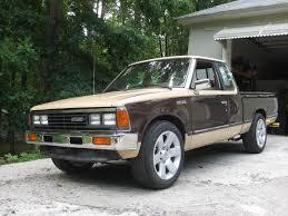 slammed nissan truck 1984 nissan 720 nissan 720 trucks pinterest nissan rubicon