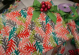 how to wrap presents how to wrap the perfect present molly sims
