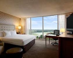 2 bedroom hotel suites in memphis tn memphis hotel rooms hilton memphis executive rooms