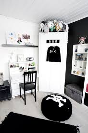 black and white kids room varyhomedesign com