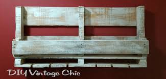 diy vintage chic pallet wine rack