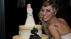 Elle Meme - une italienne se marie窶ヲ 罌 elle m罨me