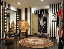 Shop Design Ideas For Clothing The 25 Best Clothing Store Interior Ideas On Pinterest Clothing