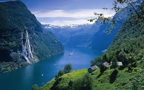norway 10 beautiful towns you should visit in norway hand luggage only