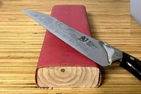 sharpening kitchen knives with a how to sharpen kitchen knives the best way to sharpen kitchen knives