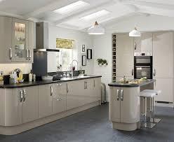 howdens kitchen design glendevon gloss stone kitchen universal kitchens howdens joinery