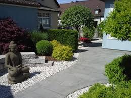 Gartengestaltung Mit Steinen Stein Im Garten Gartengestaltung Garten Gierlinger