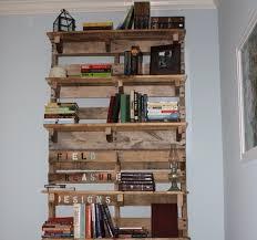 Diy Bookshelves Plans by Diy Pallet Bookshelf Plans Or Instructions Wooden Pallet Furniture