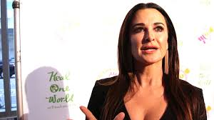 kyle richards needs to cut her hair watch kyle richards would choose this for her last meal on earth
