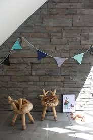 deco mur pierre cuisine mini chaise fourrure synthetique bois noyer deco design