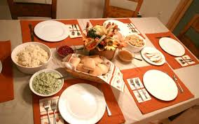 how to host a stress free thanksgiving dinner with a free