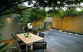 garden courtyard design small courtyard ideas and photos