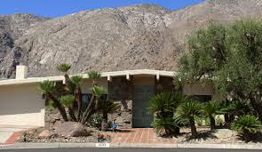 drooling over mid century architecture in palm springs