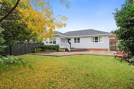 9 andrew road howick manukau city 2010 sold house ray white