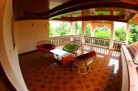sihanoukville french colonial style house for rent 1032