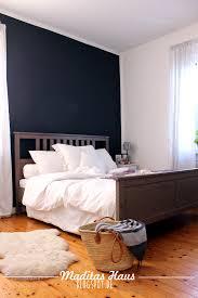 Schlafzimmer Wand Blau Schlafzimmer Wand Dunkelgrau Bequem On Moderne Deko Ideen Plus