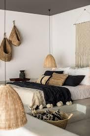 chambre en osier chambre bohème noir beige blanc textile bois osier inspiration