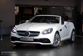 bagged mercedes s class mercedes slc loses v8 in detroit is a merc in benz u0027s clothing