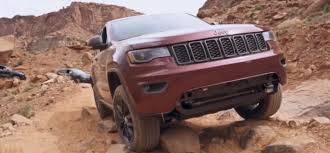jeep grand cherokee trailhawk off road 2017 grand cherokee trailhawk off roading at kane creek video