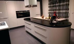 construire ilot central cuisine ilot de cuisine pas cher amazing beautiful meuble cuisine ilot