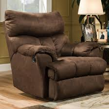 Swivel Recliner Chairs by Casual Swivel Styled Rocker Recliner By Southern Motion Wolf And