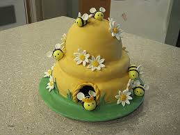 bumble bee baby shower theme baby shower cakes awesome horrifying baby shower cakes