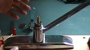 how to repair a leaky kitchen faucet single lever moen