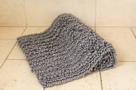 Modern Bath Rugs The Best Bathroom Rugs And Bath Mats Reviews By Wirecutter A