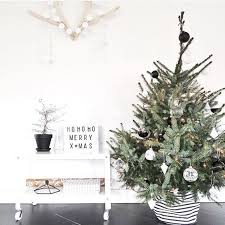15 nordic tree decor ideas shelterness