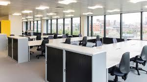 faire du menage dans les bureaux nettoyage de bureaux ménage et entretien commercial pour entreprise