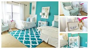 two bed bedroom ideas guest bedroom tour one room two beds youtube