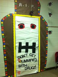 decorating theme ribbon week door decorating inspiration enter your best