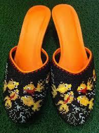 beading shoes the peranakan way singapore world of peranakan