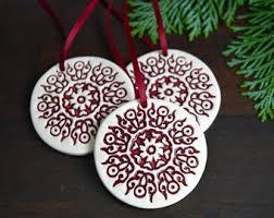 5 ornaments white ceramic tree house