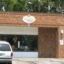 balloon delivery durham nc balloons tunes 12 reviews balloon services 208 w st
