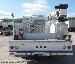 kenworth service truck 2005 kenworth t300 service truck with crane item dd9346