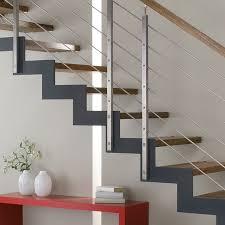 treppen aus holz holztreppe sanieren bucher treppen das original
