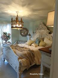 Light Colored Bedroom Furniture by 214 Best Shabby Chic Headboards Images On Pinterest Bedrooms