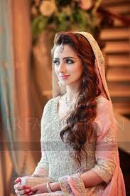 fantastic pakistani wedding hairstyles for gorgeous brides