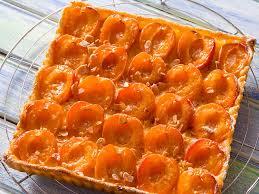 tarte tatin cuisine az tarte aux abricots et aux amandes facile et pas cher recette sur