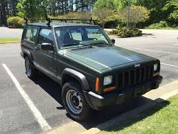 green jeep file jeep cherokee xj 1997 u20132001 two door in green jpg