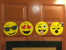 College Door Decorations Ra Door Decs Emojis U2026 Pinteres U2026
