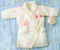 robe de chambre bébé tricot la robe de chambre en bouclette la boutique du tricot et